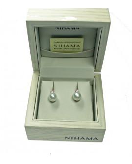 Orecchini Perle 8/8,5 oro bianco  con Diamanti ct. 0,12 - Nihama