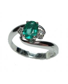 Anello oro bianco con Smeraldo e diamanti misura 15 - Cicalese Gioielli Valenza Made in Italy