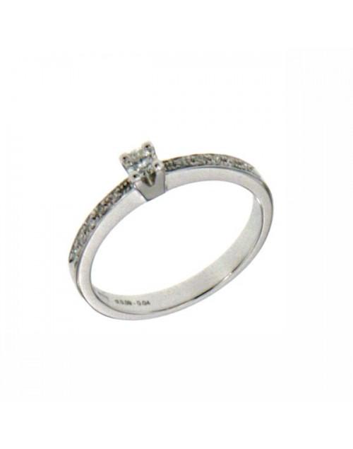Anello donna oro bianco Solitario con contorno con diamanti ct. 0,22+0,04 G VS  Misura 15 - Cicalese Gioielli Valenza Made in Italy